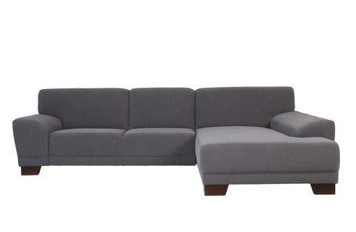 Pohodlná sedačka DENVER s nízkymi, šikmými podrúčkami v šedej farbe.