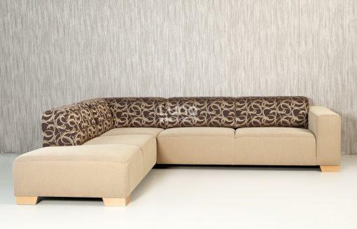 Moderná sedačka MAMBA s výrazným vzorom na operadlovej časti.