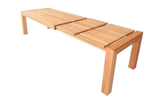 Jedálenský stôl BIG pri rozkladaní s dvoma prídavnými doskami.