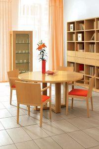 Okrúhly jedálenský stôl, značka Brik.